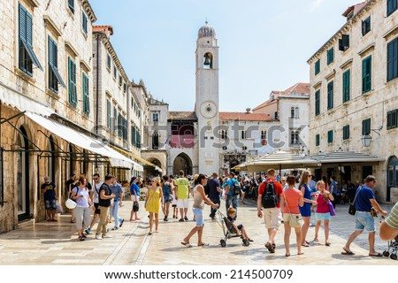DUBROVNIK, CROATIA - AUG 21, 2014: Unidentified tourists in the Old town of Dubrovnik, Croatia. Dubrovnik is a UNESCO World Heritage site