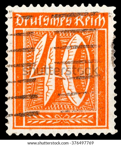 DZERZHINSK, RUSSIA - JANUARY 18, 2016: A postage stamp of GERMANY shows numeric value, circa 1921