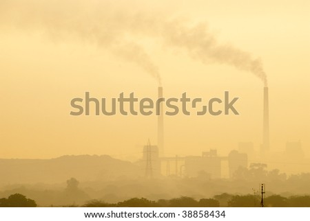 Early morning pollution from a thermal power plant