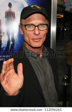 "Ed Harris at the Los Angeles Premiere of ""The Last Mimzy"". Mann Village Theatre, Westwood, CA. 03-30-07 - stock photo"