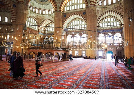 EDIRNE, TURKEY, 03.10.2015 : Interior of the Selimiye Mosque. The UNESCO World Heritage Site Of The Selimiye Mosque, Built By Mimar Sinan In 1575 in Edirne, Turkey