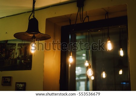Edison light bulbs, Vintage light in coffee shop