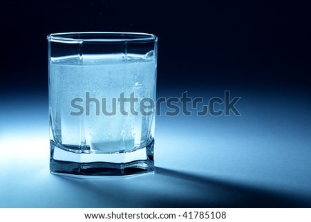 Effervescent tablet in glass