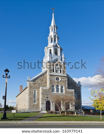 Eglise Saint-Francois-Xavier Church in fall, Bromont, Quebec, Canada