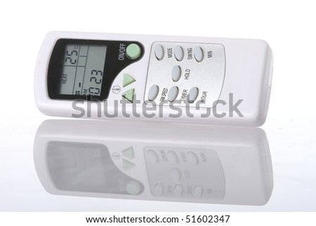 Electronic remote control and Reflection for an air conditioner