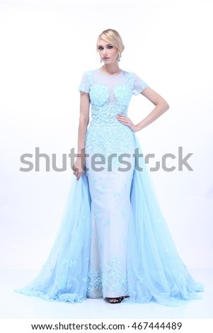 Elsa Beautiful and Nice Lady Blonde Hair in Snow Blue Evening Gown