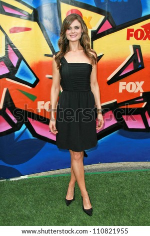 Emily Deschanel at the 2007 Teen Choice Awards. Gibson Amphitheater, Universal City, CA. 08-26-07