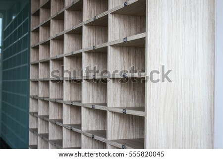 Empty shelf with numbers