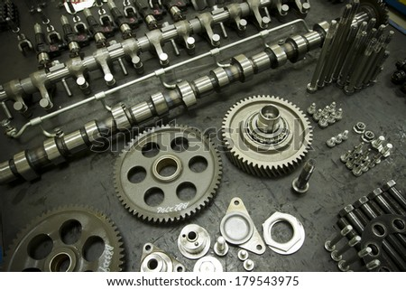 engine Parts Machine technology modern diesel engine camshaft and valves