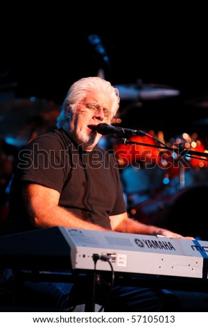 ENGLEWOOD, NJ - AUGUST 29: Multi-Grammy Award Winner Michael McDonald performs on stage for the first time at Bergen Performing Art Center in Englewood, NJ on August 29, 2007.