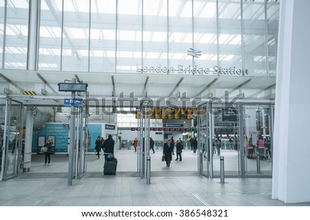 Entrance to London Bridge station - LONDON/ENGLAND  FEBRUARY 23, 2016