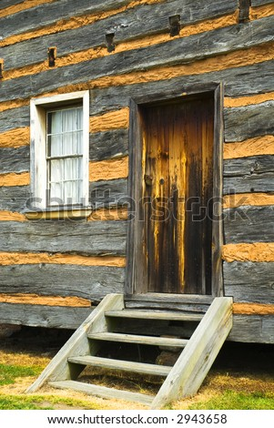 entryway to log cabin, reconstruction of birthplace of US President James K. Polk