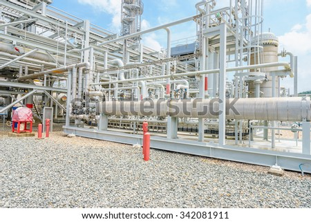equipment,tank and pipe of oil refinery plant