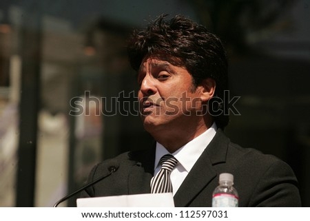 Erik Estrada at the cermony honoring him with the 2,336th star on the Hollywood Walk of Fame. Hollywood Boulevard, Hollywood, CA. 4-19-07