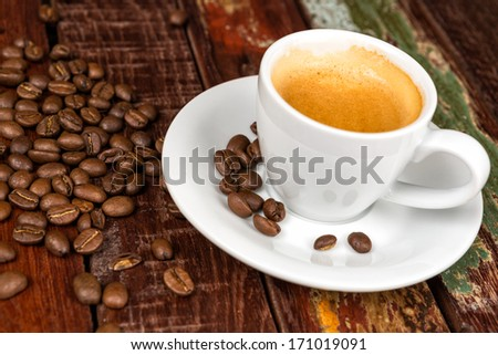 espresso with coffeebeans