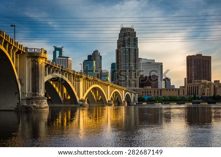 Evening light on the Central Avenue Bridge and Minneapolis skyline, in Minneapolis, Minnesota.