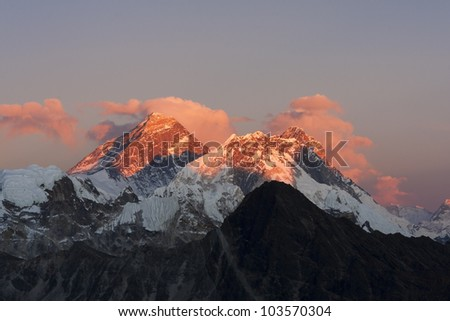 Everest at sunset. View from Kala Pattar - Nepal