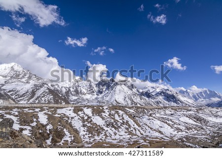 Everest Base Camp Trekking: wonderful view on the way to base camp.  - stock photo