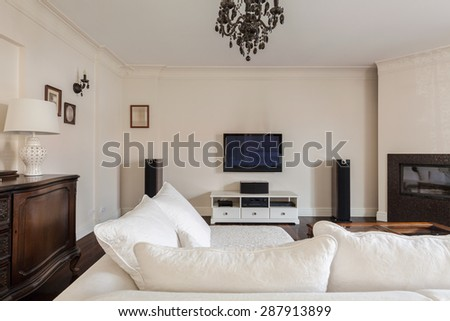 Exclusive sitting room in elegant detached house - stock photo