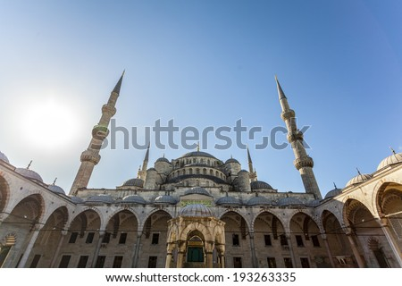 Exterior view of the Blue Mosque, (Sultan ahmet Camii), Istanbul, Turkey.