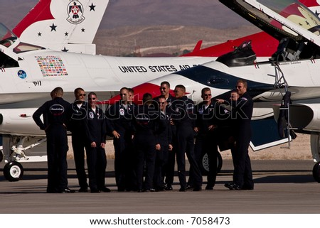 F-16 US Air Force Thunderbirds demonstration team