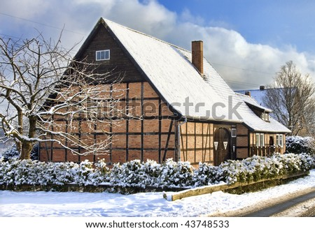 Fachwerk house (thatched roof), Germany (Lueneburg near Hamburg)