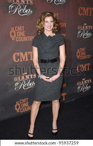 FAITH HILL at the first CMT Giants concert honoring country star Reba McEntire, at the Kodak Theatre, Hollywood. October 26, 2006  Los Angeles, CA Picture: Paul Smith / Featureflash
