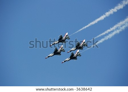 Falcon F16 Fighter Jets Formation Four