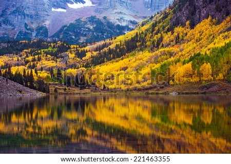 Fall in the Colorado, Maroon Lake and Colorful Forest. Yellow Aspen Trees. Aspen, Colorado, USA. - stock photo