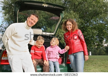 family and car 3