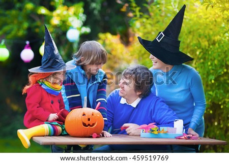 Pumpkin Patch Family Stock Images, Royalty-Free Images ...