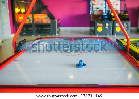 Family game: table hockey