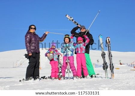 Family on the ski