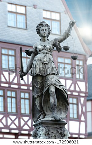 famous lady justice in Frankfurt