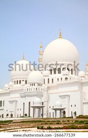 Famous Sheikh Zayed mosque in Abu Dhabi, United Arab Emirates - stock photo