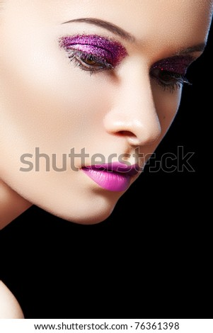 Fashionable close-up portrait of glamour woman model with glitter evening make-up, purity complexion