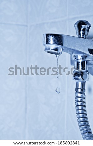 faucet and droplets
