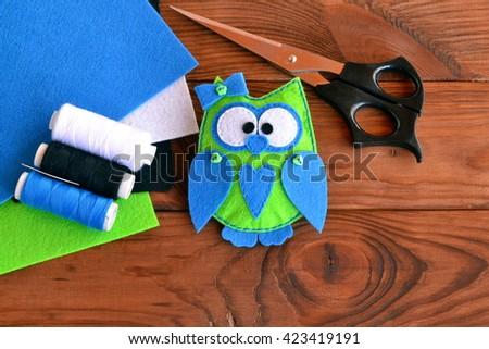 Felt Owl Pattern Bird Toy Play Stock Photo (Royalty Free) 423419191 ...