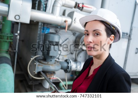 female vessel system engineer