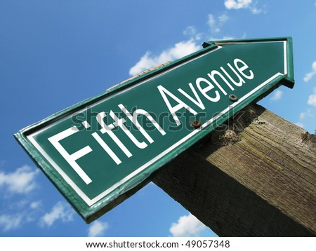 FIFTH AVENUE road sign