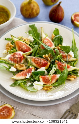 Fig, Goat cheese and rocket salad