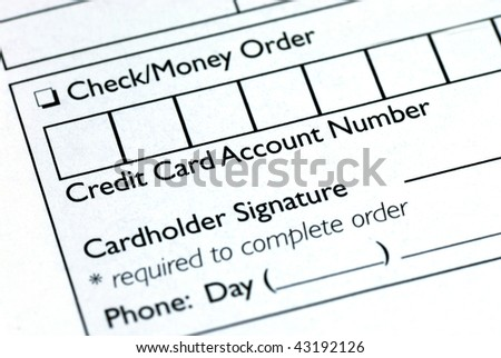 Fill in the credit card information in an order form