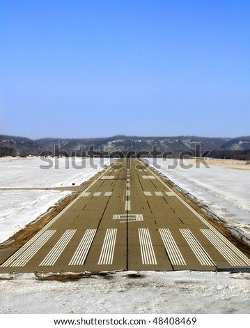 Final approach on runway 9 - stock photo