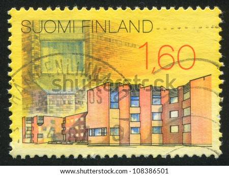 FINLAND - CIRCA 1986: A stamp printed by Finland, shows City Hall in Kuusamo, circa 1986