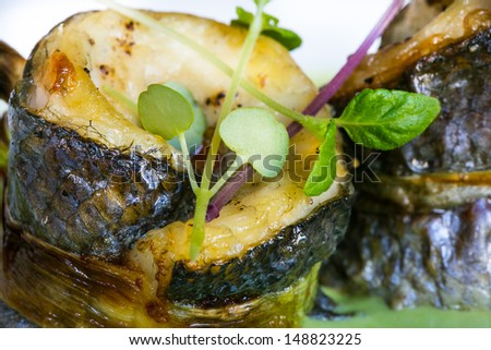 Fish in green sauce