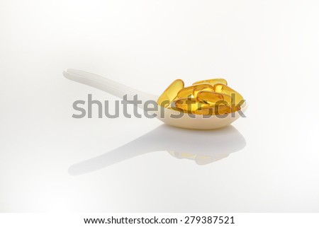 fish Oil capsules - stock photo