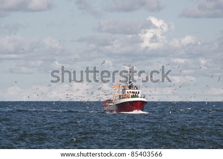 Fishing boat return