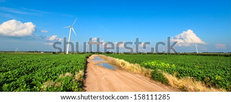 Flat agricultural lands of northern Illinois on a beautiful sunny day - stock photo