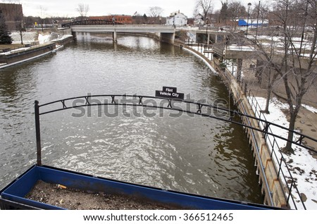 FLINT, MICHIGAN January 23, 2016: Flint River In Downtown Flint, January 23, 2016, Downtown Flint, Michigan