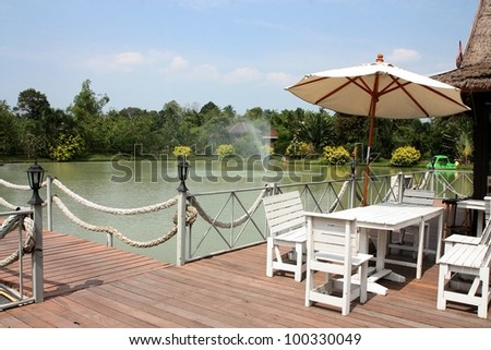 Floating restaurants in pattaya city